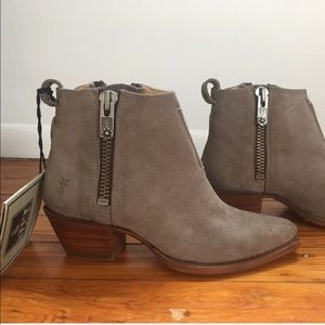 taking offers - frye suede sacha booties
